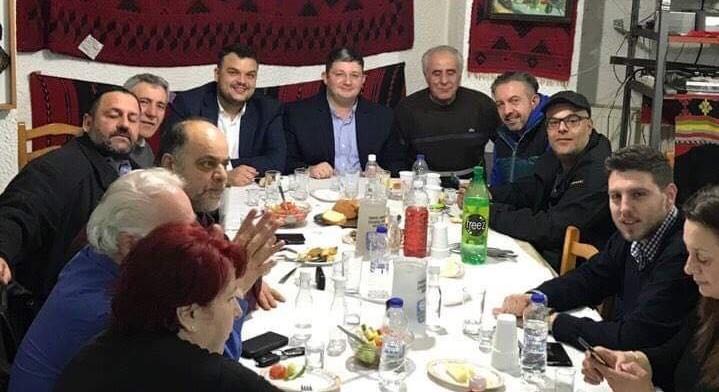 Στον Σύλλογο Κρητών Αχαρνών ο Σπύρος Βρεττός με μέλη του Συνδυασμού του «ΑΧΑΡΝΕΣ Υπερήφανος Δήμος»