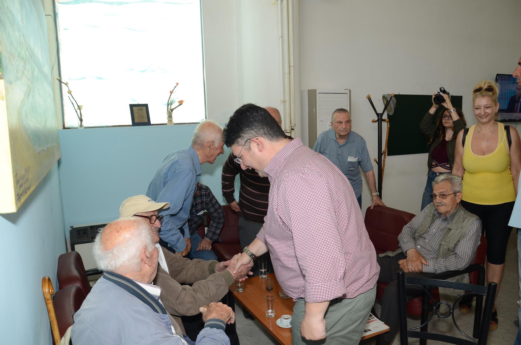 Τις υπηρεσίες του Δήμου επισκέφθηκε ο υποψήφιος Δήμαρχος Αχαρνών Σπύρος Βρεττός